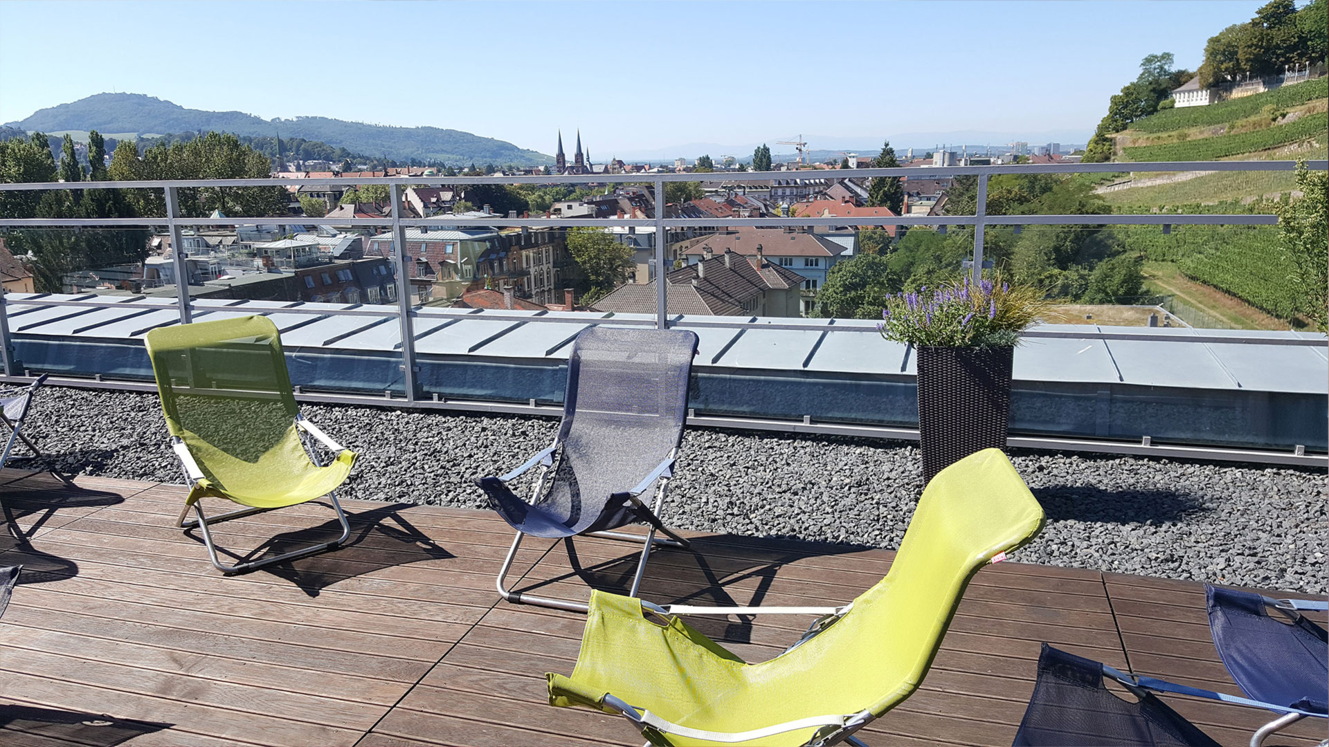 Rooftop-terrace with view over the old city center